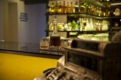 Cafe Bar Imperial 9